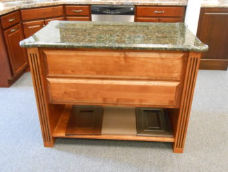 Kitchen Express Maple Cabinets - Maple Gallery 1